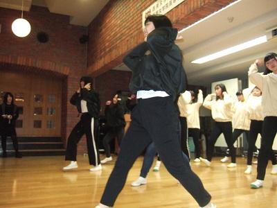 2011115dance15