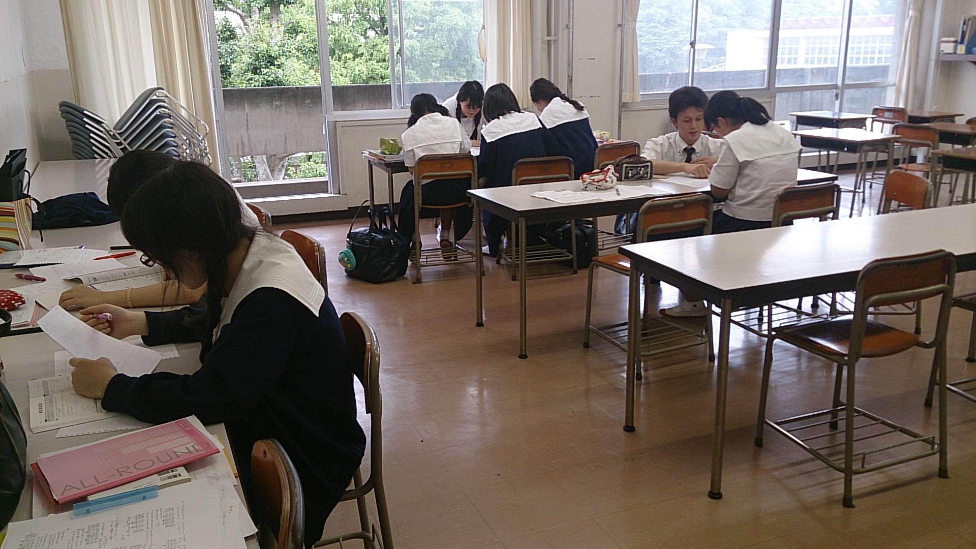 西南女学院高等学校画像