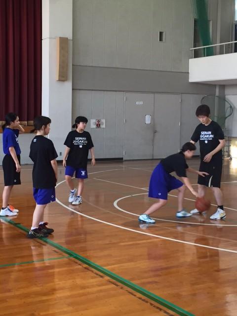 中学生は有田コーチから細かい部分を指導してもらいました!